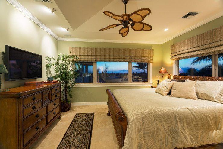 Ein Bett sollte möglichst immer zum Einrichtungsstil passen. (Bild: © EpicStockMedia - Fotolia.com)