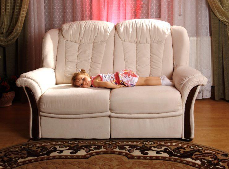 Polstermöbel sorgen für ein gemütliches Ambiente. (Bild: © Dron - Fotolia.com)