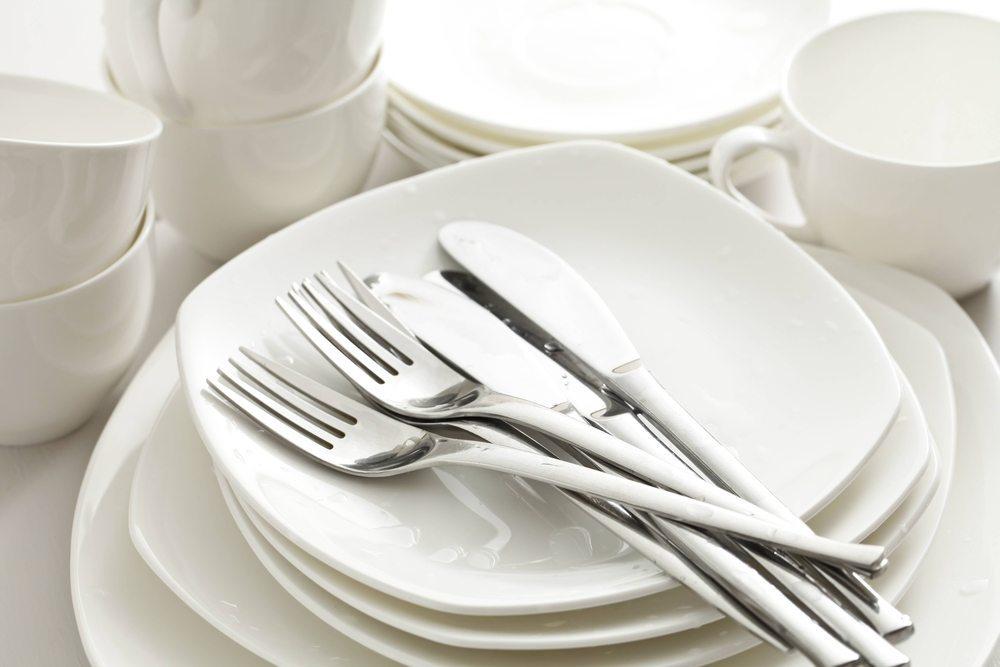 In einem Single-Haushalt sollten sich mindestens sechs Personen bewirten lassen. (Bild: © TAGSTOCK1 - shutterstock.com)