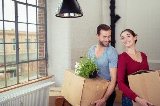 Ein Umziehen ist eine gute Gelegenheit zum Entrümpeln. (Bild: © racorn - shutterstock.com)
