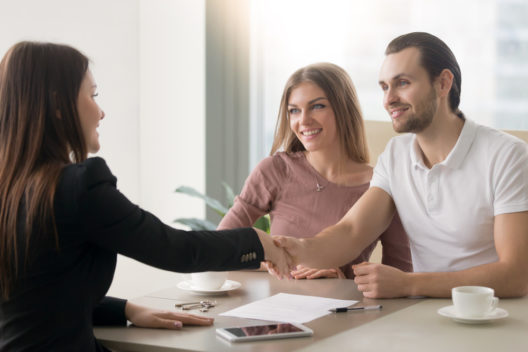 Immobilienmakler meisten wertvolle Unterstützung. (Bild: fizkes – shutterstock.com)